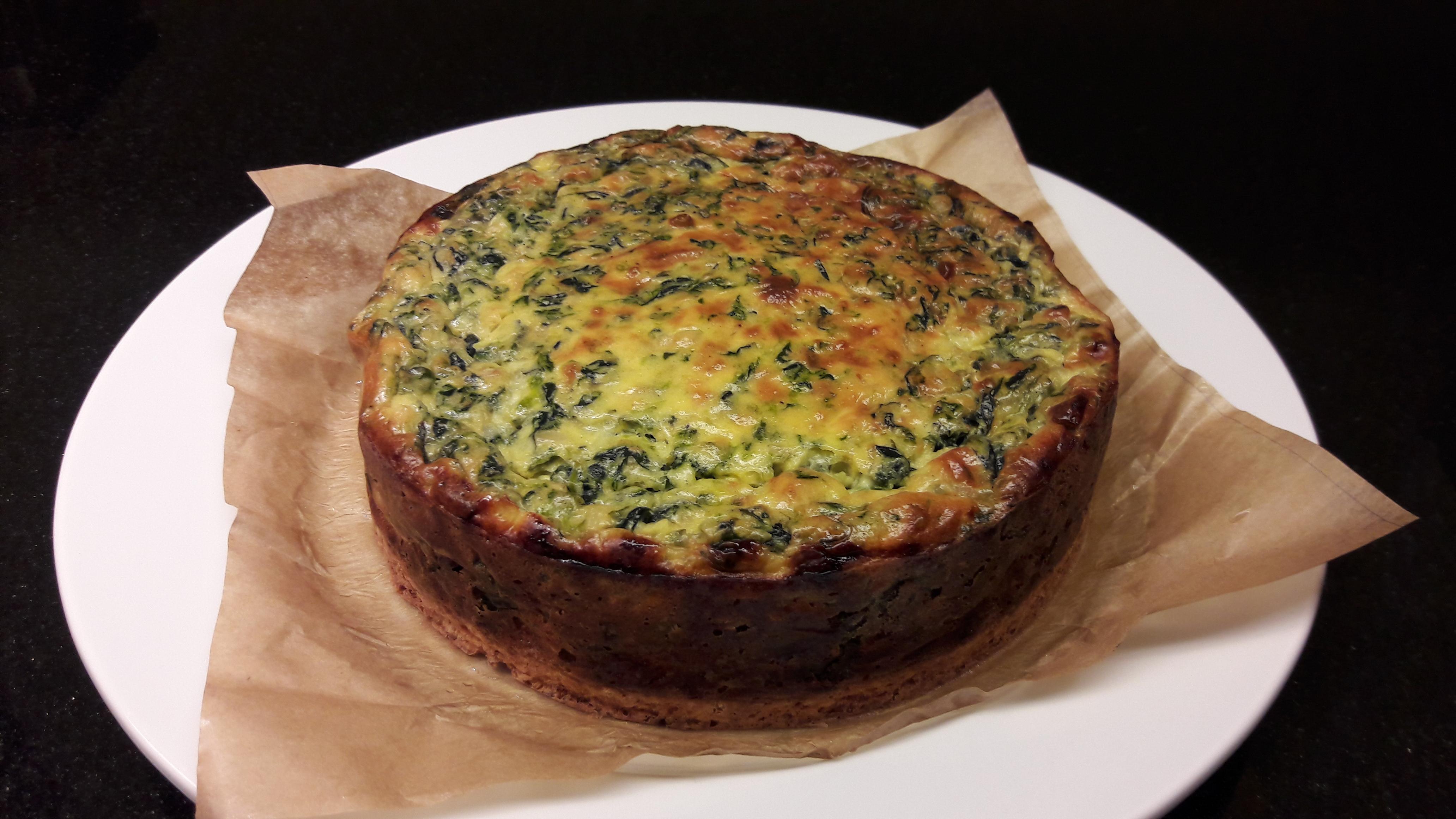 Spinaziequiche op een bodem van quinoa (16cm diam - 2 à 4 pers) - vegetarisch - copy Image